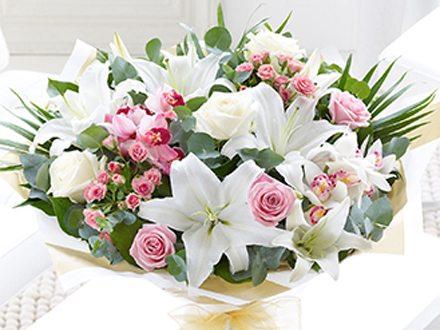 Best flower shop in dubai for wedding decoration flower shop flowershop is the florist for your wedding day junglespirit Image collections