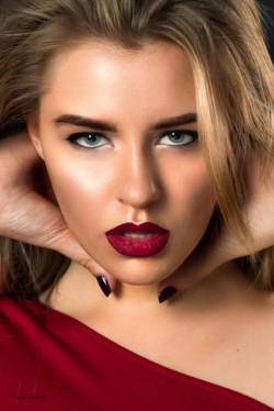 Makeupbymakks
